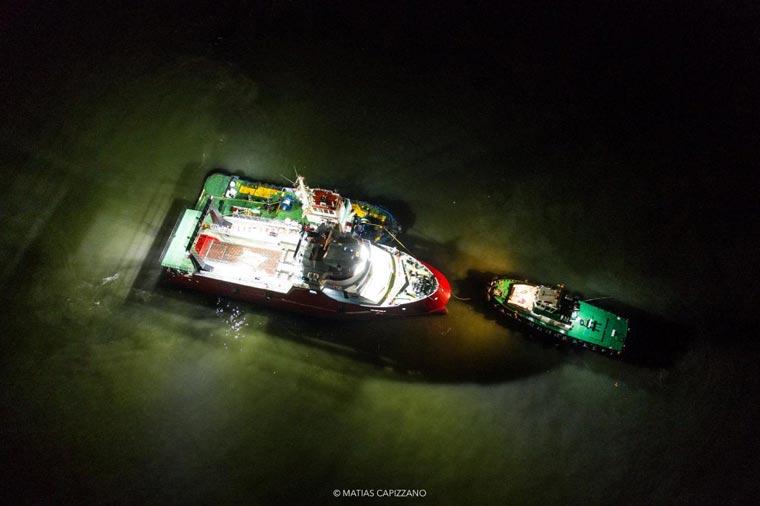 Revista Puerto - Astillero Contessi - Botadura del Federico C - 07