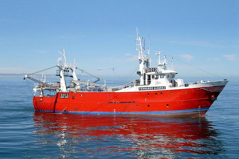 Sectores de marineros piden arreglar y salir a pescar