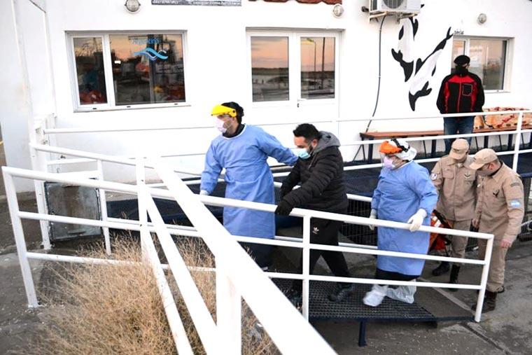 Revista Puerto - Tripulante enfermo desembarcado por PNA - 02