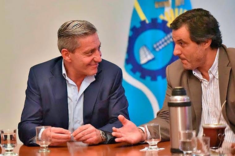 Arcioni define si acepta la renuncia de Awstin