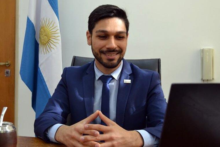 Oficializan a Julián Suárez al frente de la Dirección Nacional de Coordinación y Fiscalización Pesquera