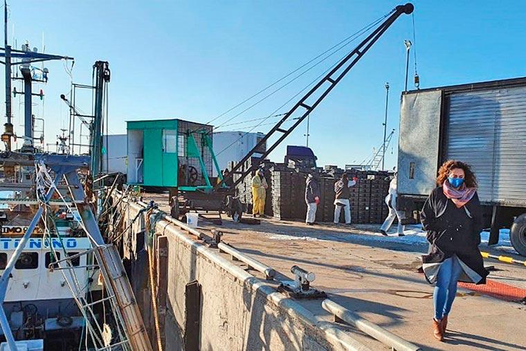Revista Puerto - La intendente de Camarones denuncia a funcionarios chubutenses - 02