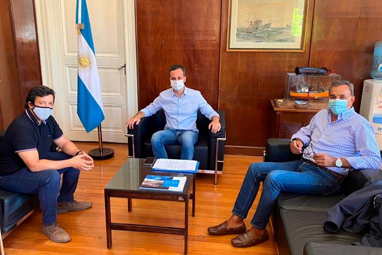 Revista Puerto - Subsecretario de Pesca Carlos Liberman con CAFACh