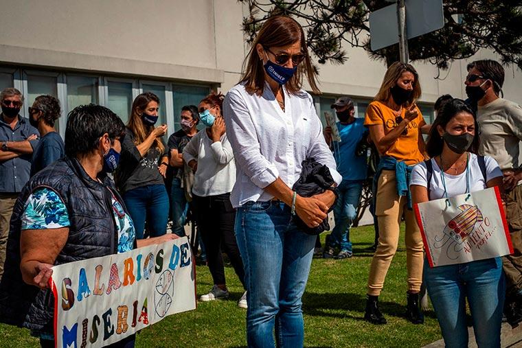 Revista Puerto - INIDEP - Protesta del personal - 06