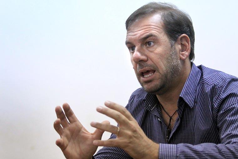 Revista Puerto - Langostino a Brasil - Mariano Retrivi