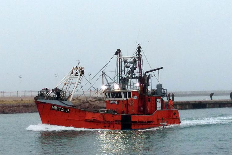 Revista Puerto - Multas a barcos pesqueros - 02