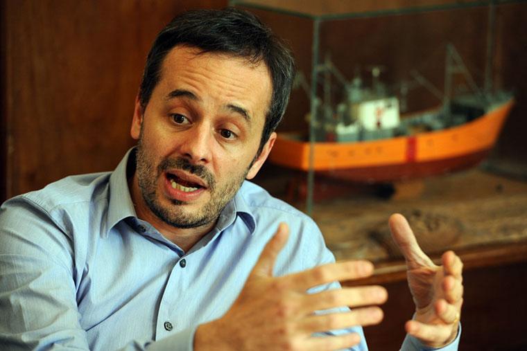 Revista Puerto - Subsecretario de Pesca Carlos Liberman
