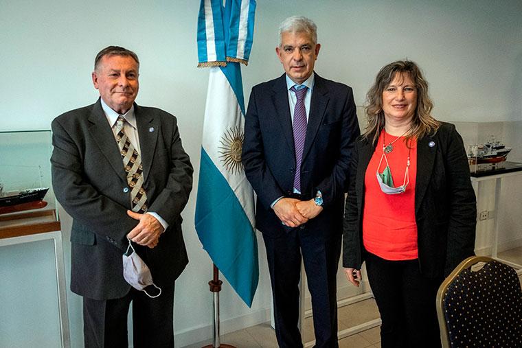 Revista Puerto - El ministro Julian Dominguez visito Mar del Plata - 03