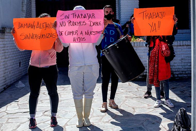Revista Puerto - Mar del Plata - Protesta de obreros de Anchomar - 02