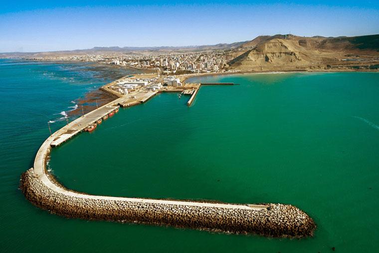 Revista Puerto - Chubut - Dragado del puerto de Comodoro Rivadavia