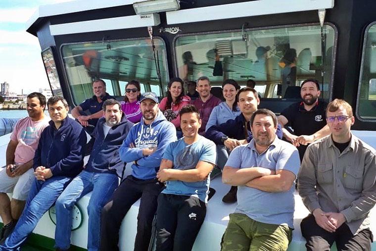 Revista Puerto - INIDEP - Campania de anchoita en el BIP Angelescu